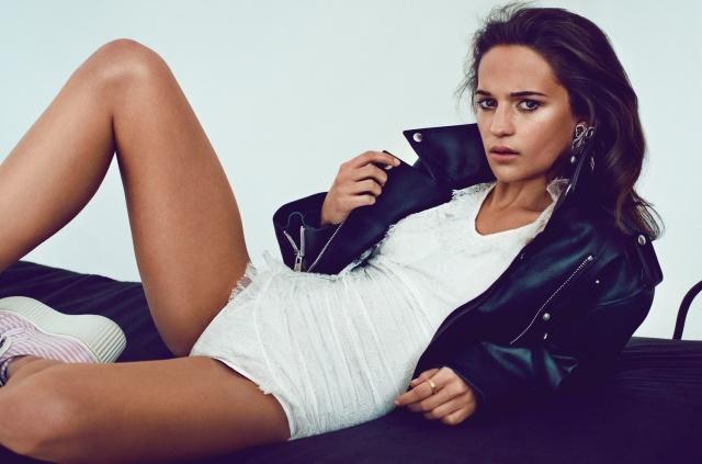 Alicia-Vikander--V-magazine-2013-04